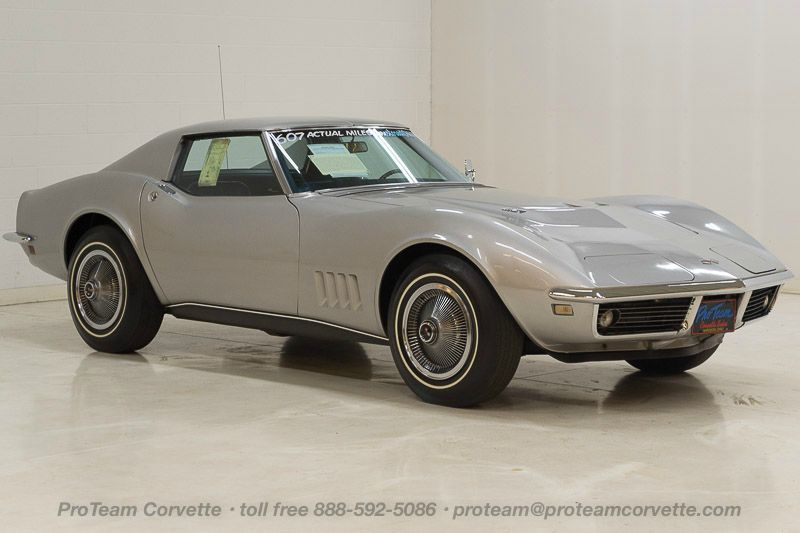 1968 Corvette Radio 1 - J Corvette T Top Speed Numbers Matching Original Motor Owner Car With Actual Miles Since New Silverstone Silver Paint With - 1968 Corvette Radio 1
